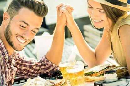 Los mejores signos para una relación seria con Aries